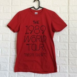 Taylor Swift the 1989 world tour tee